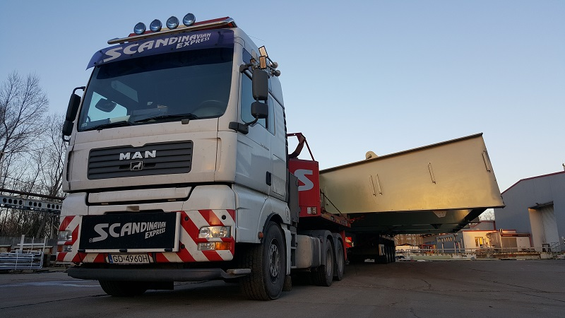 scandinavian the widest load ever officially transported in Poland